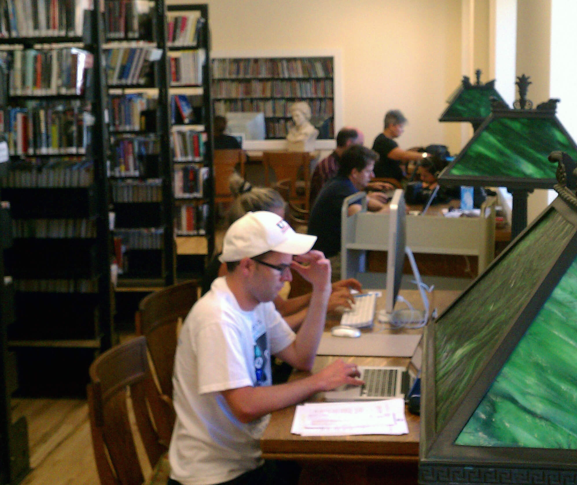 Library patrons using JJML's Wifi Connection